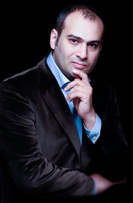 Доктор косметологии и пластической хирургии Гришкяна