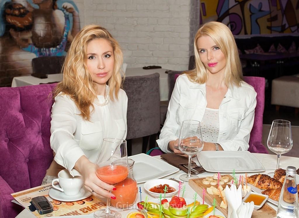 А.Гребенкина(слева) и А.Чурина (справа)